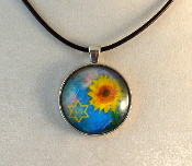 Glass Pendant - Sunflower with Star of David